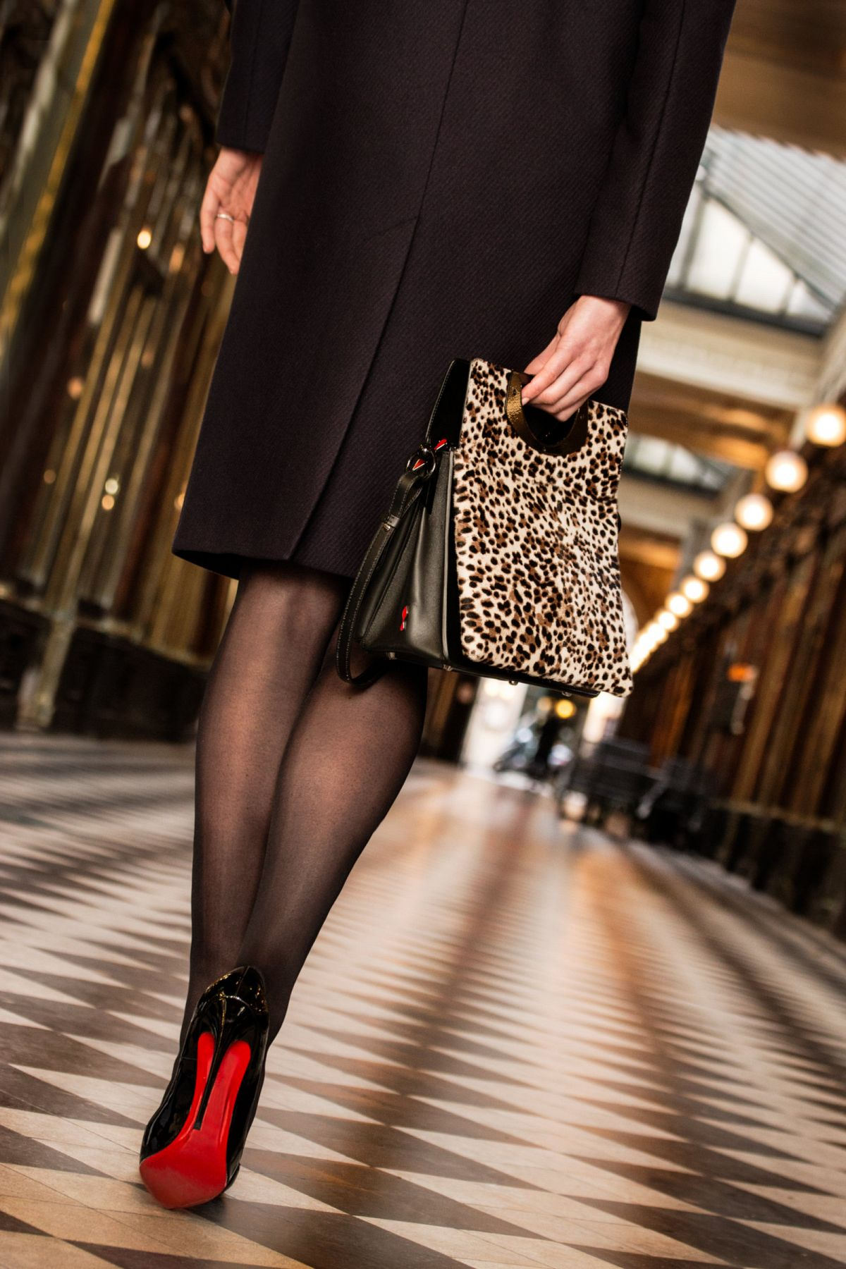 site réputé f58bb 4f5eb News - Christian Louboutin Boutique en ligne - A Stroll Down ...