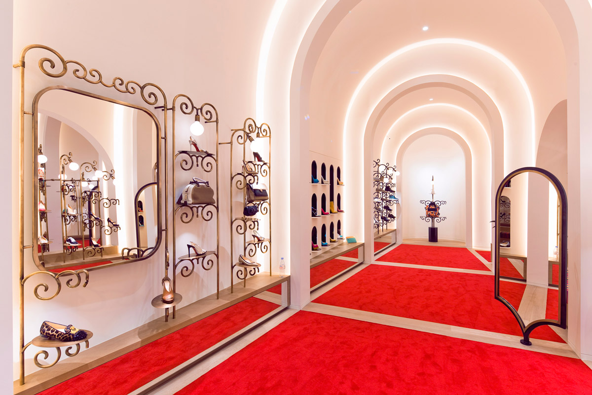 christian louboutin boutique en france