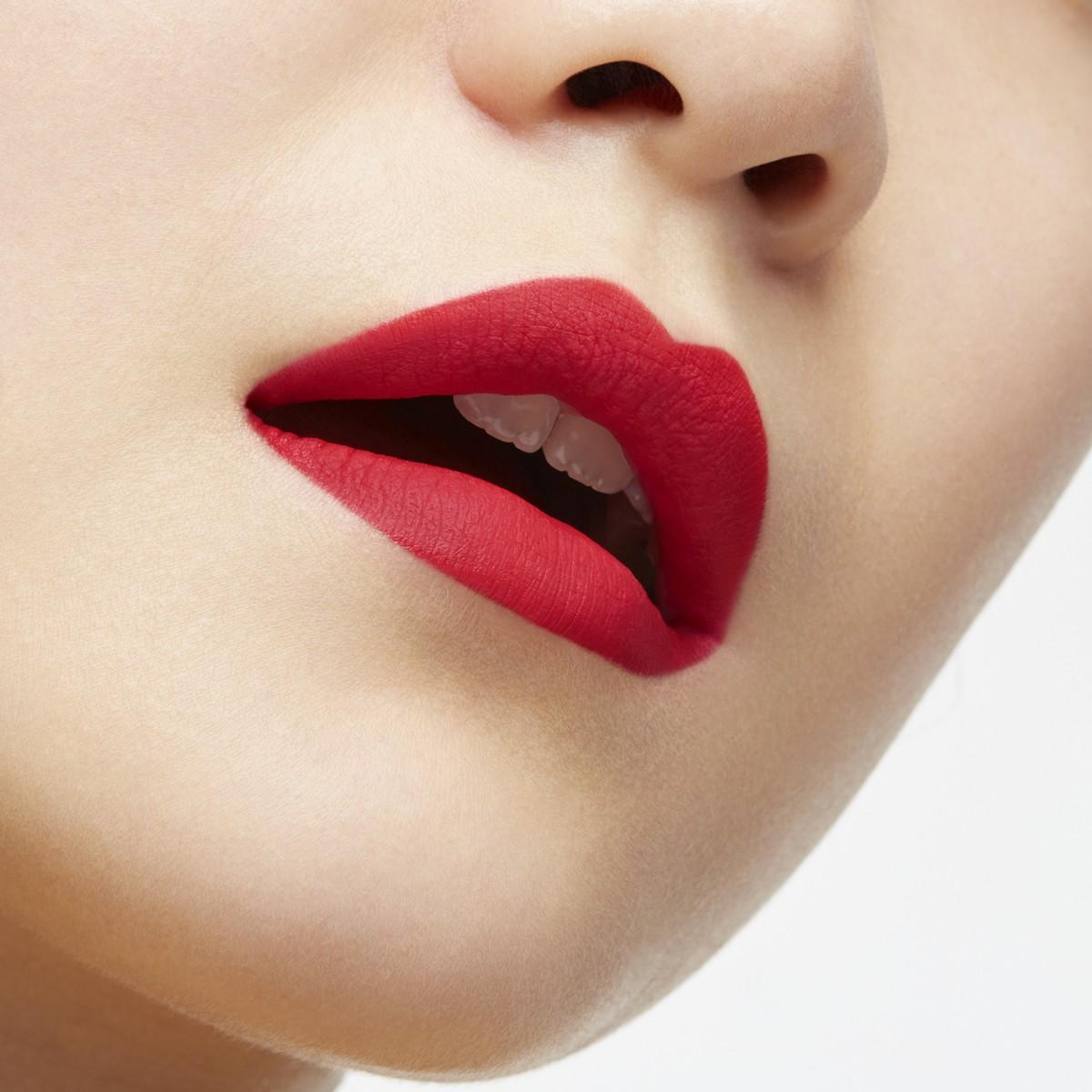 指甲油 - Altressa 唇膏系列全新唇色 - Christian Louboutin