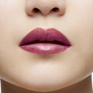 Woman Beauty - You You - Christian Louboutin